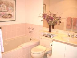 Master en suite bath with separate shower