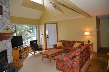 Whistler 3 Bedroom Accommodation - Gleneagles - #646