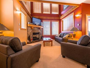 Big White 3 Bedroom Accommodation - Perfection Ridge - #857