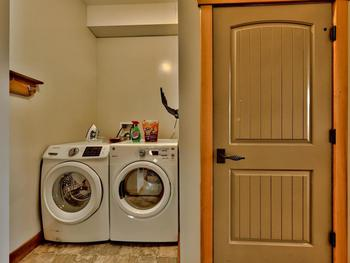 Laundry, with Boot/ glove dryers